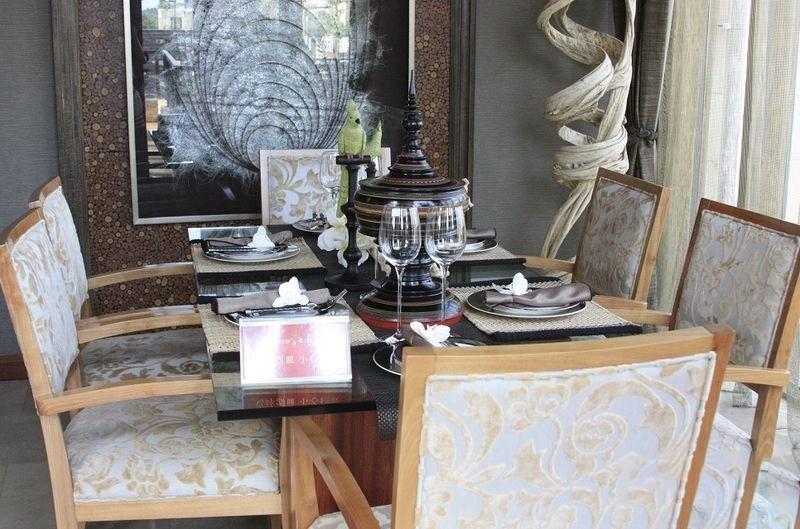 鸿洲江山T2精装样板间餐厅