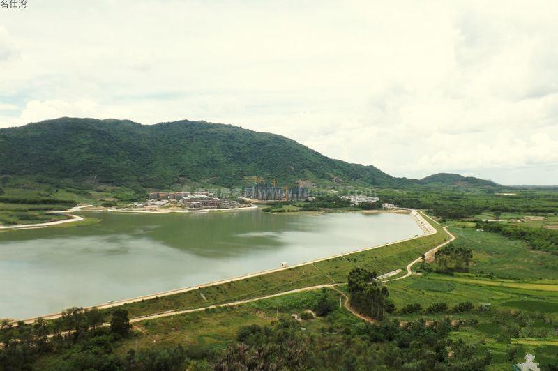 名仕湾小区外景图