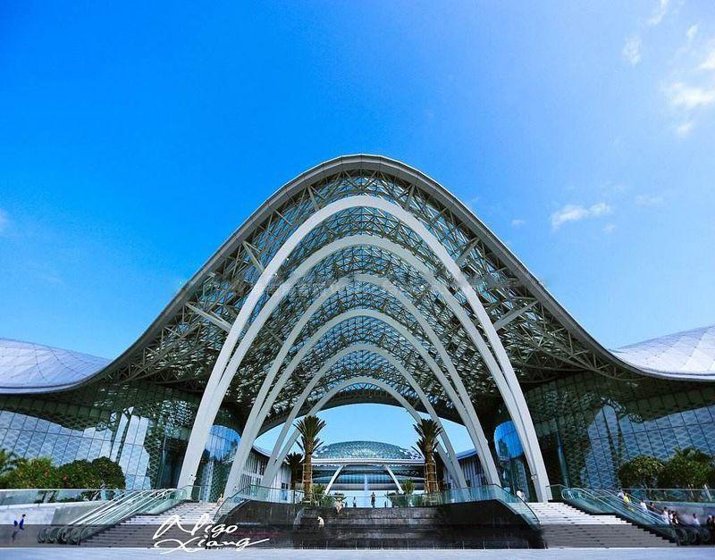 融创海棠湾周边配套:海棠湾国际免税店