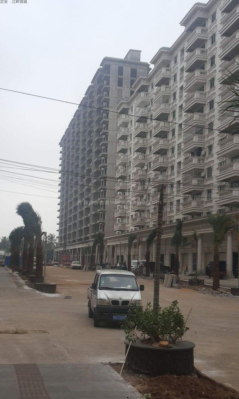 江畔锦城实景图