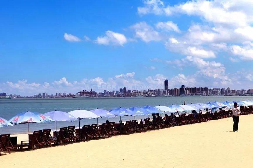 周边配套:海口假日海滩