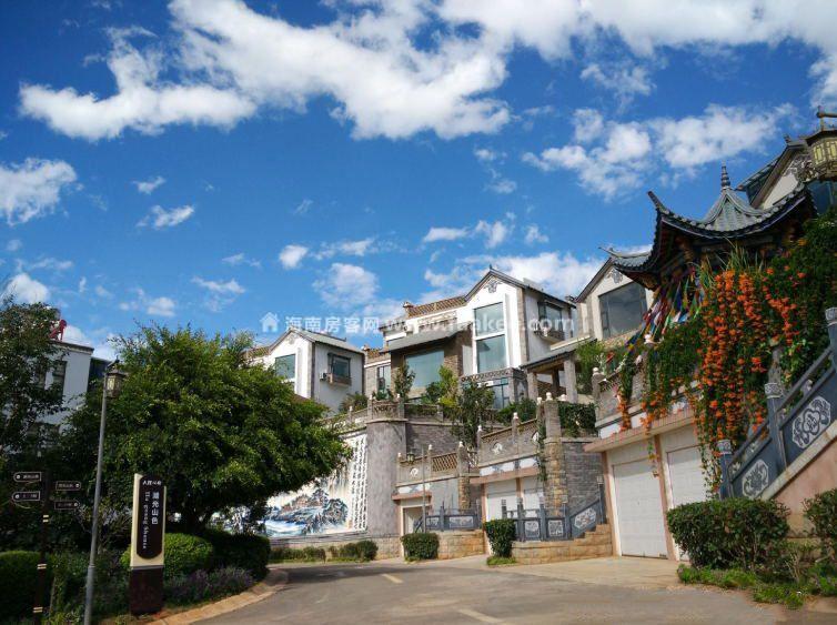 大理公馆有别墅、小院子、酒店公寓在售,均价12000-28000元/㎡